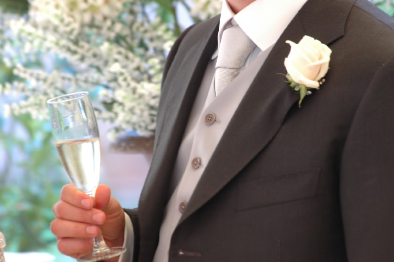 a-guide-to-writing-wedding-speeches-jpg